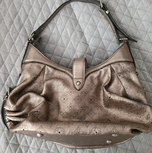 Louis Vuitton Handbags - Louis Vuitton Metallic Monogram Mahina Hobo Bag